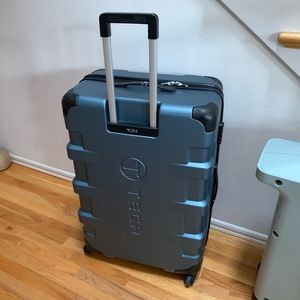 """Tumi luggage 30"""" hardcase"""